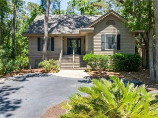 *SUMMER RATES REDUCED**Great Family Home Centrally Located in Carolina Place -S