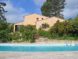 Spacieuse villa 12 pers avec piscine entre  le Verdon et la Mediterannee
