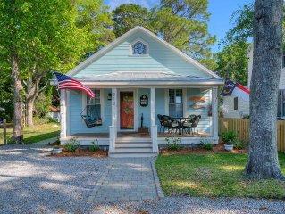 B&K Cottage - Historic Southport Cottage