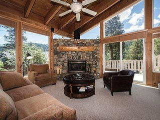 Squaw Skier's Dream House -Walk to Lifts | Sleeps 8 |3 BR 3 BTH New Listing