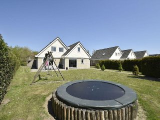 Comfortable holiday home, located in a rural location in Zeewolde, Flevoland