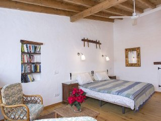 Lovely Village House  in quiet village in Western Algarve,  perfect for relaxing