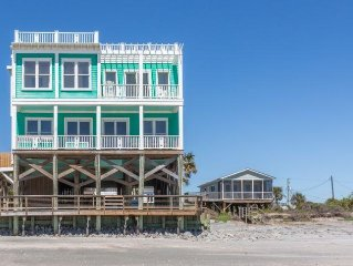Oceanfront Rooftop Deck ~ Pet Friendly ~ Amazing Views ~ Folly Beach