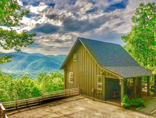 Secluded Cabin, 2 Hot Tubs, Close To Asheville & Lake Lure, WiFi, Big View!!!