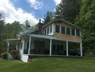 Spacious Home on 25 Acres - Stay in Beautiful Hominy Valley - Mt. Pisgah/parkway