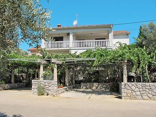 Apartment Haus Meri  in Kornic, Isle of Krk - 3 persons, 1 bedroom