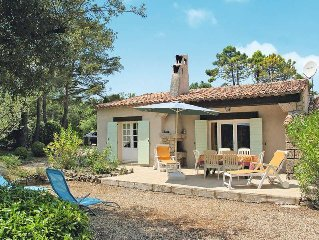 Vacation home in Tourtour, Côte d'Azur hinterland - 6 persons, 3 bedrooms