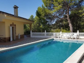 Lovely Villa With Beautiful Views, Private Pool, 4 Double Bedrooms, 2 Bathrooms