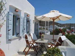'Apollo' Gerani Suites-luxury top floor apartment for beach lovers!