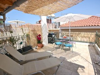 17th-cent.Villa in the heart of the picturesque Old town with sun terrace & BBQ.