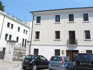 newly restrored elegant flat in palazzo in the heart of Portogruaro with parking