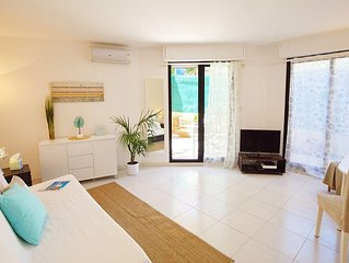 Beautiful Studio of 35 m2 air-conditioned with ga