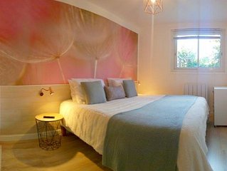 NOUVEAU a GREOUX-les-BAINS, T3 (2 chambres) jardinet, WIFI gratuit coeur village