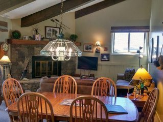 Remodeled Condo w/ FREE WiFi, Heated Pool, Hot Tubs, Skier Shuttle