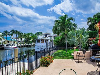 Waterfront Villa 5bd 3bth near by the ocean