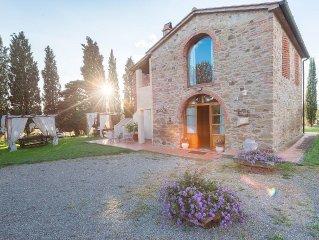 appartamento di charme con piscina a soli 4 km dal centro di Arezzo e 6 km dall'