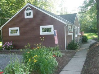 Vacation Rental-Cottage by Lake Ontario,  Rochester, Hilton, NY.