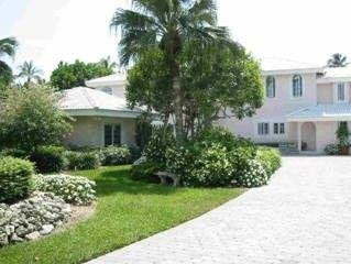 Old Naples Guest House 75 yards to Gulf of Mexico