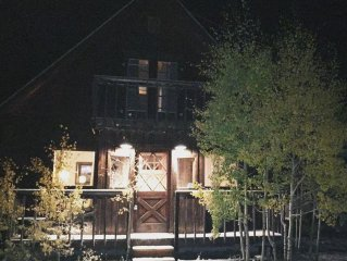 Completely Renovated 3BD/2BA in the Heart of Crested Butte!