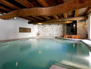 Beautiful house in Provence fully renovated with heated pool (82 to 87o)