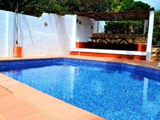 8 persoons Typische Ibiza villa met prive zwembad en mooi uitzicht!