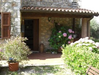 Country house in Umbria with private swimming pool and WiFi