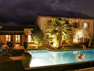 Luxury bastide with pool and gardens, walking distance to restaurants and shops
