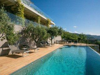 Luxury retreat 10 mins to St Paul de Vence, breathtaking sea views