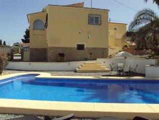 Private Air Conditioned Villa in Alfaz Del Pi, just 10 minutes from Benidorm