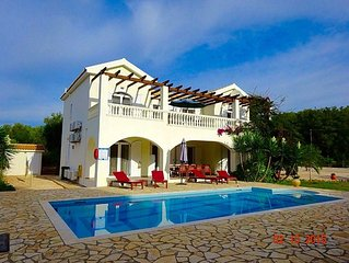 Villa Diana Kefalonia in Idyllic  Countryside Setting with Large Private Pool.