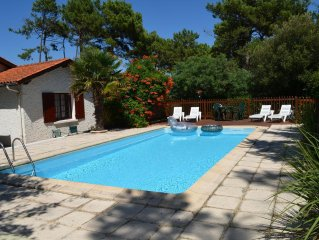 Villa , private pool, just a few minutes walk to beach and centre ville