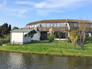 schönes Ferienhaus mit Garten, angrenzendem Teich, wenige Minuten vom Strand