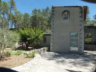 Jolie maison idealement situee au coeur des Alpilles,Saint Etienne du Gres