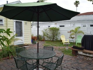 Charming Cottage by the Sea... 2 bedroom cottage