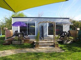 logement T2 en ossature-bois (proche mer), avec jacuzzi et piscine hors-sol.