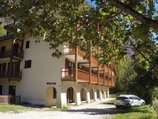Appartement montagne  dans village  d'artisans  8 mn des 2 alpes en telecabine