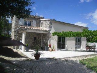 Maison indépendante, piscine privée, Ardèche méridionale
