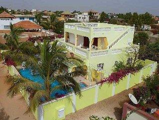 Magnifique Villa avec Piscine, Femme et Homme de maison à 100m de la Mer.