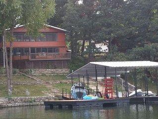 WATERFRONT! 2 Fam Setup,Swim Platform,Screened Porch,2 Kings, Fiber Internet