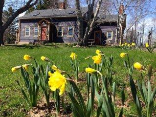 Michaelmas Cottage 1769 - Family/Pet Vacation - Rural Annapolis Royal