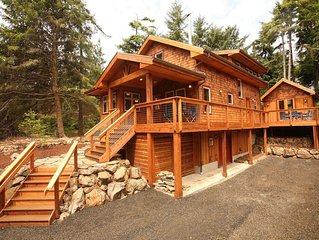 Super-Cool Bunkhouse for the kids!  Claim the main house for the adults.