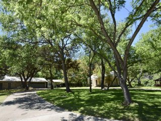 Kipp Cottage-Exclusive Private Guadalupe Riverfront