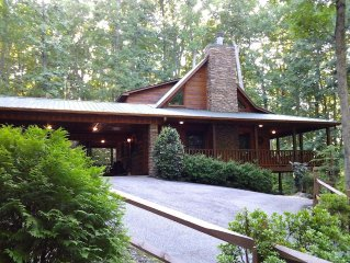 Cedar mountain cabin 3 bed/3 bath with lots of privacy