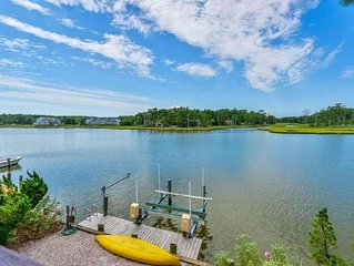 Gorgeous wired waterfront home with magnificent sunset views.  Kayaks included.