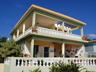 Caribbean Views, Walk to Restaurants and Beaches! First Floor
