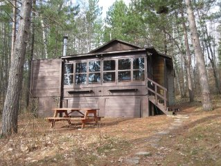 The King's Cottage ~ A Very Quiet Northwoods Retreat