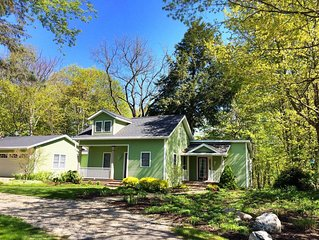 Saugatuck Home w/ Large Back Deck, Walk to Town