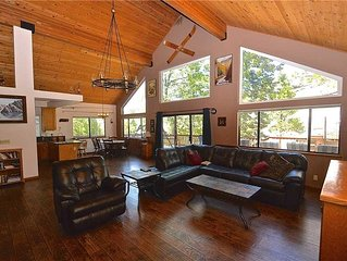 Granite View Lodge: 4 BR / 2 BA  in Shaver Lake, Sleeps 13