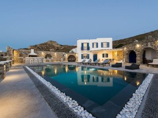 Villa In Mykonos With Magnificent Sea View And Sunset View
