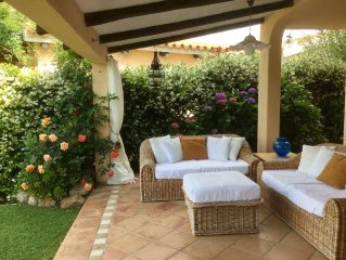Baja Sardinia, Costa Smeralda. Delightful villa few steps from the beach